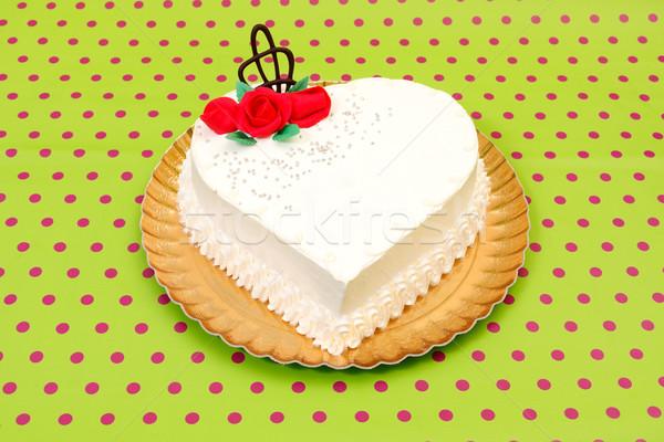 Witte hart cake Rood marsepein rozen Stockfoto © erierika