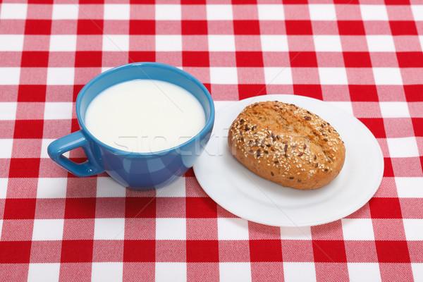 Café da manhã leite azul copo rolar Foto stock © erierika