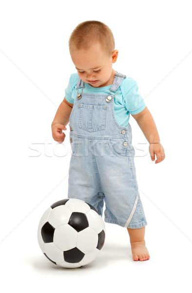 Wenig Junge Fußball Ball spielen schwarz weiß Stock foto © erierika