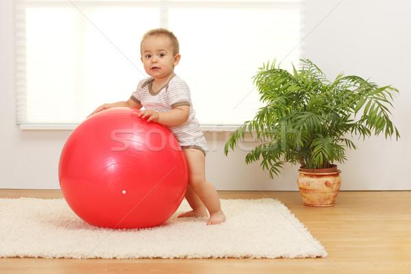 Stock fotó: Baba · fiú · nagy · piros · labda · kicsi