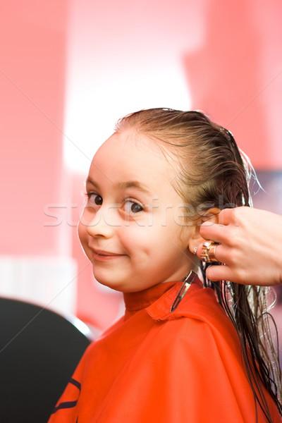 Lány haj stylist csinos fiatal lányok Stock fotó © erierika