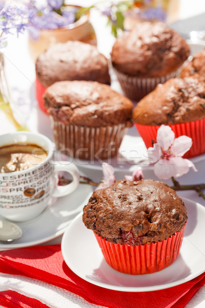 çikolata lezzetli tablo çiçek kek Stok fotoğraf © erierika
