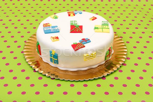 Születésnapi torta fehér marcipán díszek pontozott zöld Stock fotó © erierika