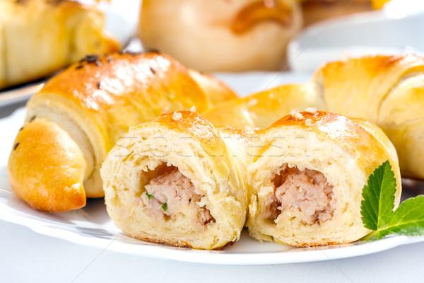 Carne ripieno mezzaluna rotolare primo piano colazione Foto d'archivio © erierika