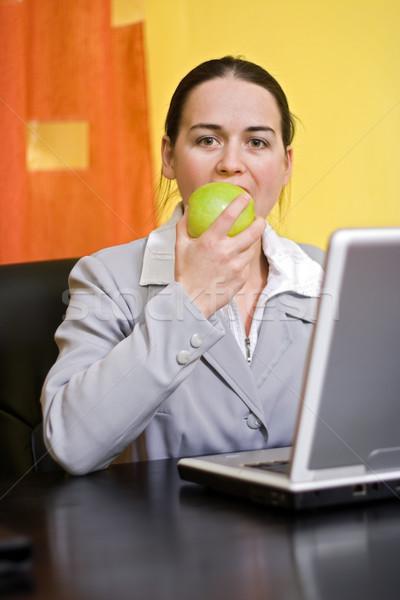 Foto stock: Morder · maçã · negócio · saudável · verde · computador