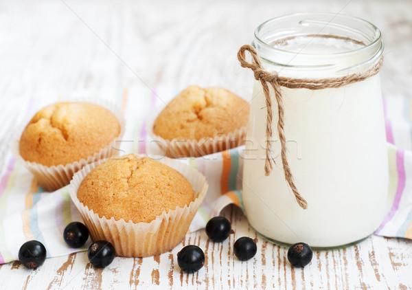 Naturelles yaourt fraîches gâteau vert boire Photo stock © Es75