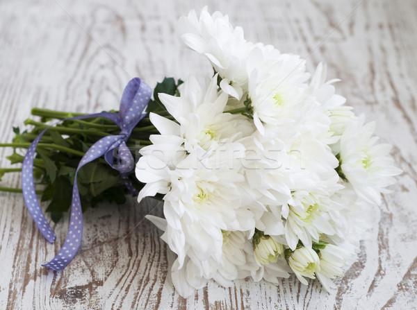 Beyaz krizantem buket ahşap çiçek bahar Stok fotoğraf © Es75