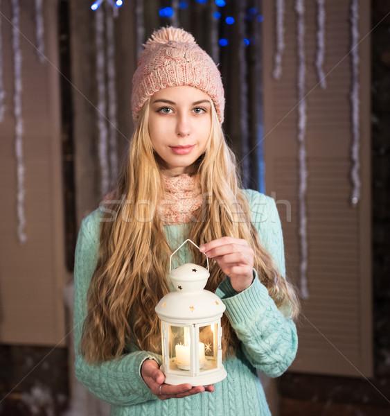 Güzel kız el feneri Noel zaman bebek Stok fotoğraf © Es75