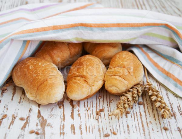 Stock fotó: Croissant · friss · öreg · fából · készült · búza · reggeli