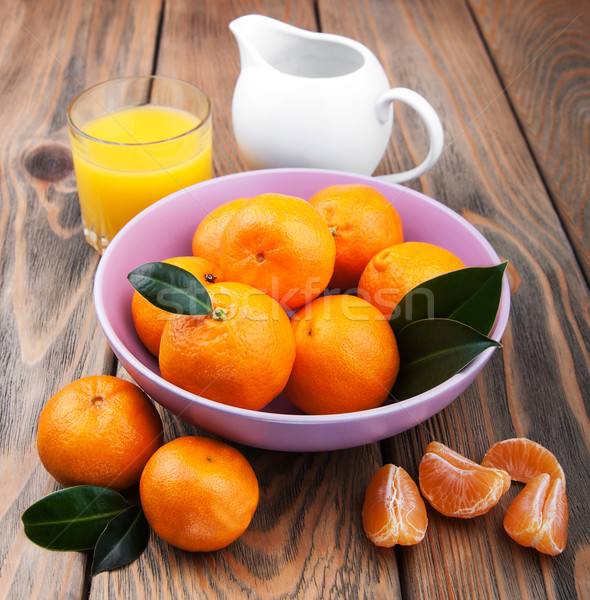 Vers citrus sap oranje oude houten tafel Stockfoto © Es75
