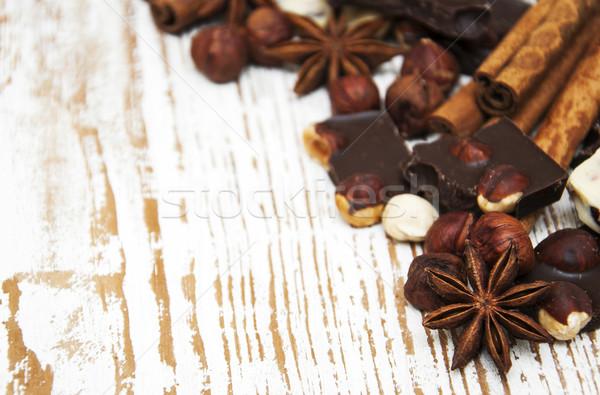 Koyu çikolata fındık baharatlar ahşap gıda çikolata Stok fotoğraf © Es75