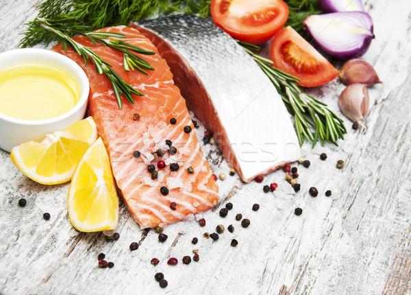 Frescos salmón filete aromático hierbas especias Foto stock © Es75