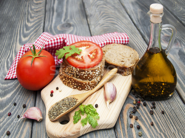 Rye bread with tomato Stock photo © Es75