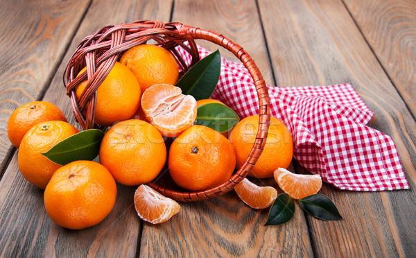 Jugoso naranja edad mesa de madera salud fondo Foto stock © Es75