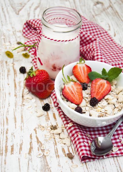 Grano muesli fragole sani colazione alimentare Foto d'archivio © Es75