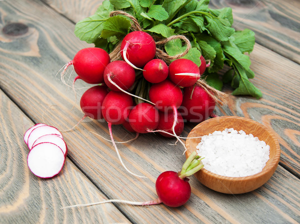 Fresh organic radish Stock photo © Es75