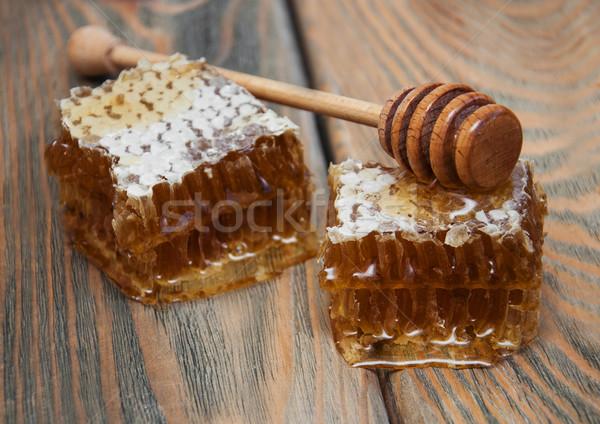Méz fésű öreg fából készült étel háttér Stock fotó © Es75