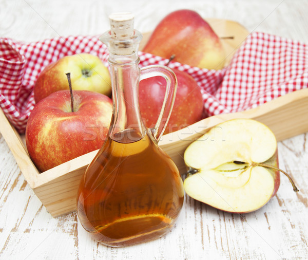 Elma elma şarabı sirke taze ahşap yaprak Stok fotoğraf © Es75