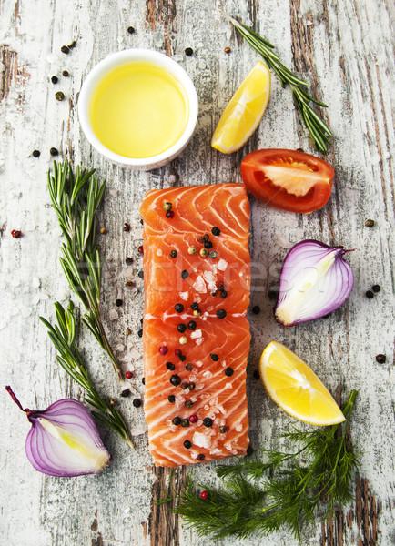 Porción frescos salmón filete aromático hierbas Foto stock © Es75