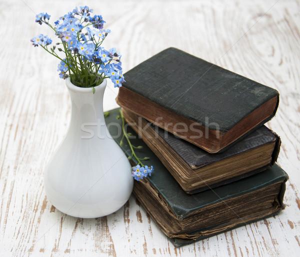 Libro viejo tres flores libros fondo Foto stock © Es75