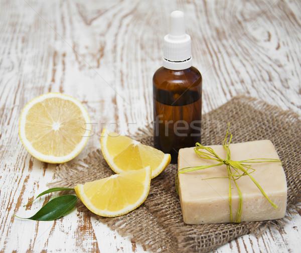 Hecho a mano limón jabón pieza frescos Foto stock © Es75