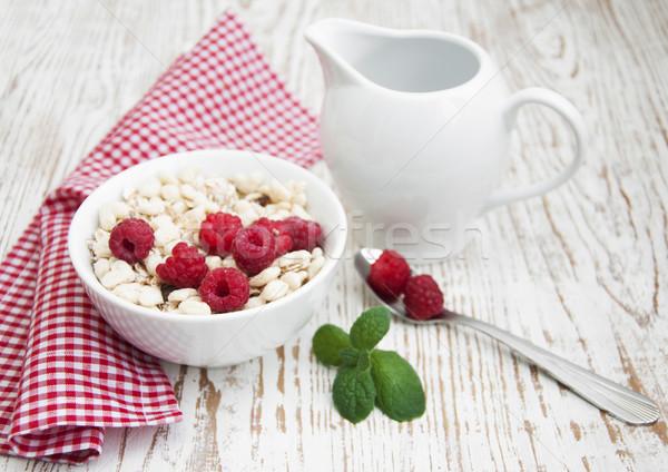 Graan müsli frambozen gezonde ontbijt voedsel Stockfoto © Es75