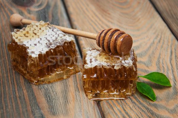 Méz fésű öreg fából készült étel narancs Stock fotó © Es75