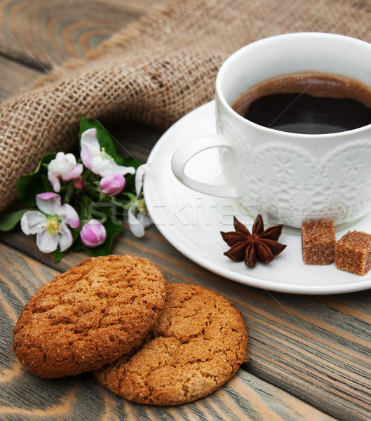Cup of coffee and oatmeal cookies Stock photo © Es75