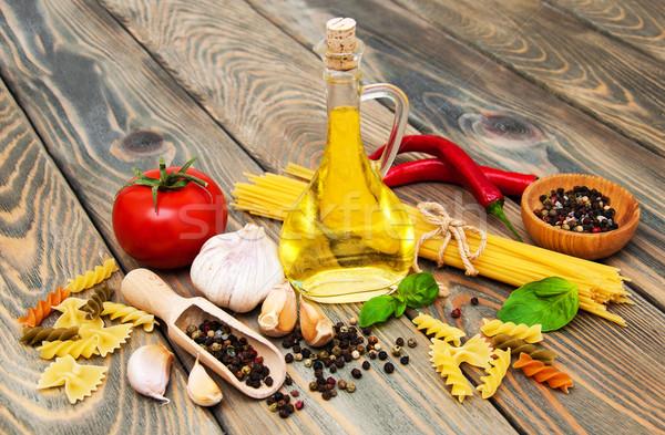 пасты Ингредиенты спагетти томатный итальянский древесины Сток-фото © Es75