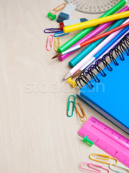 Iroda tanszerek notebook ceruzák különböző iskola Stock fotó © Es75
