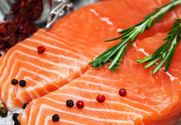 Fresco salmão filé aromático ervas temperos Foto stock © Es75