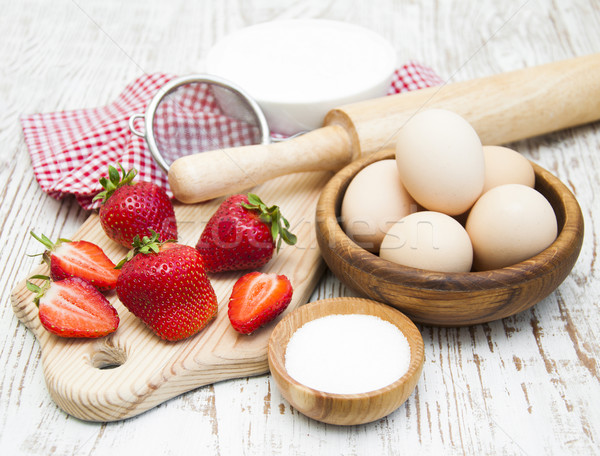 Stock fotó: Hozzávalók · eprek · sült · tál · tojások · cukor