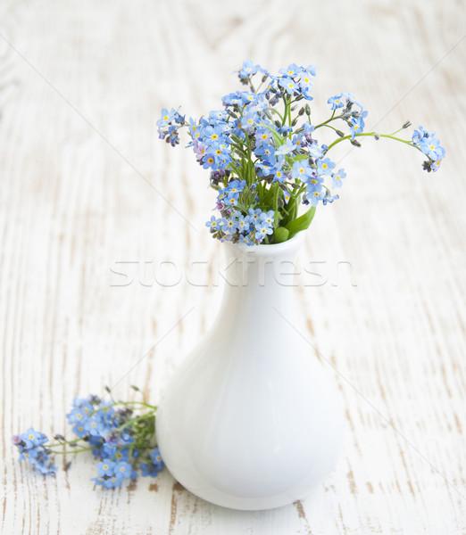 木製のテーブル 花瓶 素朴な スタイル 花 愛 ストックフォト © Es75