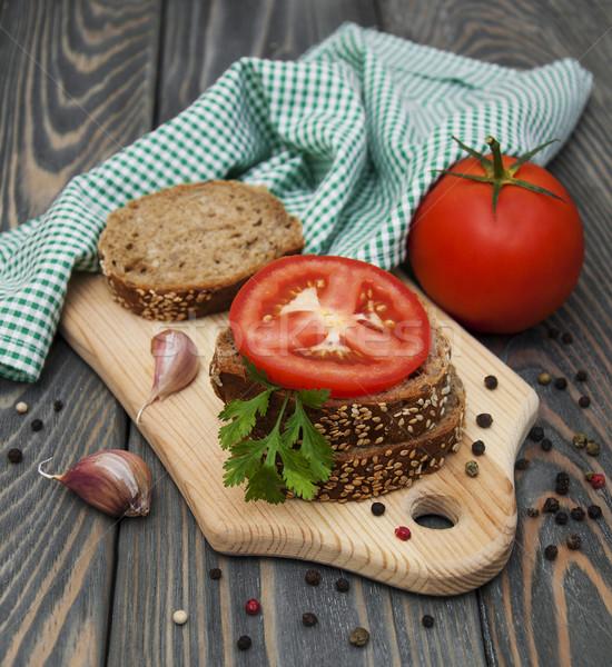 ライ麦 パン トマト ニンニク 木製 自然 ストックフォト © Es75