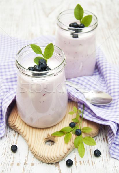 Meyve yoğurt taze meyve yaban mersini cam kavanoz Stok fotoğraf © Es75