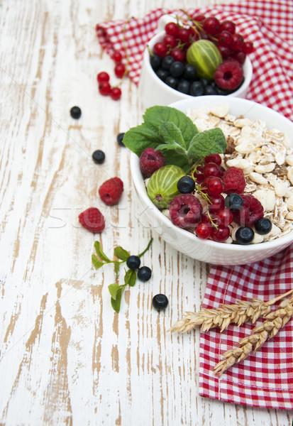 Saludable desayuno cereales frescos frutas Foto stock © Es75