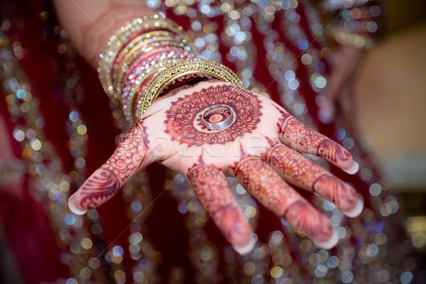 Oblubienicy pierścień strony Zdjęcia stock © esatphotography