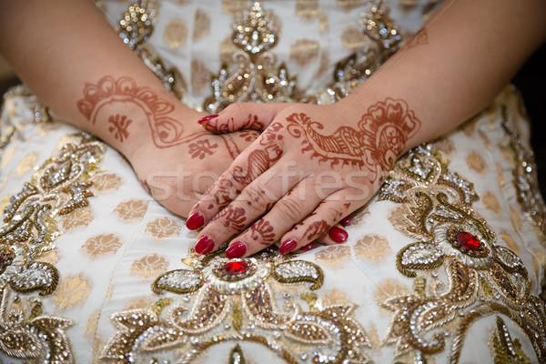 Menyasszonyok kezek Stock fotó © esatphotography
