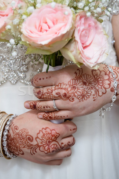 Rusztikus virágcsokor tart kezek terv háttér Stock fotó © esatphotography
