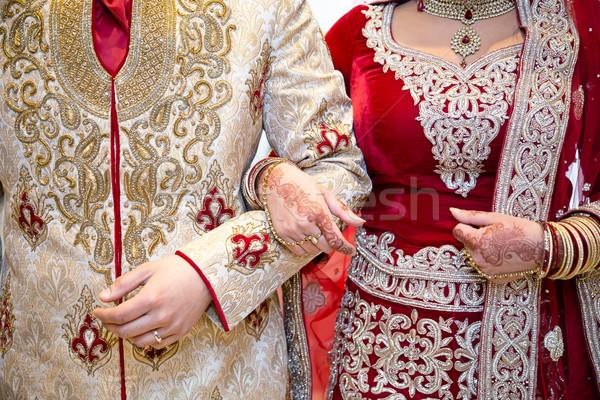 Kar ázsiai menyasszony vőlegény szeretet test Stock fotó © esatphotography