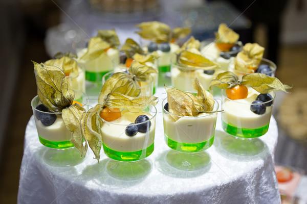 Kalk dessert room kers Stockfoto © esatphotography