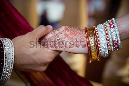 Pan młody pierścień indian oblubienicy różowy Zdjęcia stock © esatphotography