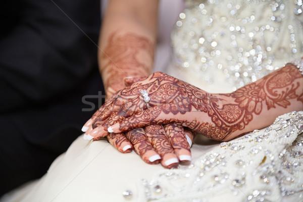 Bruiden handen ring tonen vrouwen ontwerp Stockfoto © esatphotography