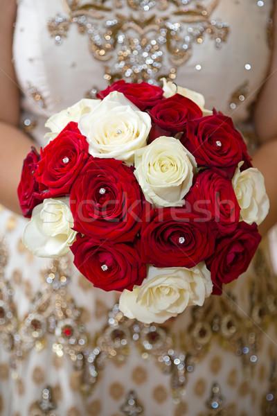 Czerwony biały bukiet Zdjęcia stock © esatphotography