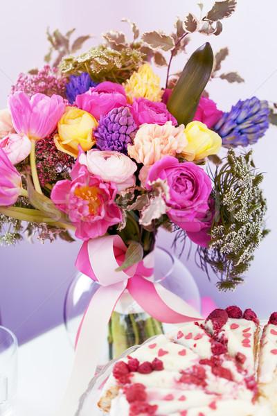 Stockfoto: Verbazingwekkend · framboos · cake · bloem · decoratie · tabel