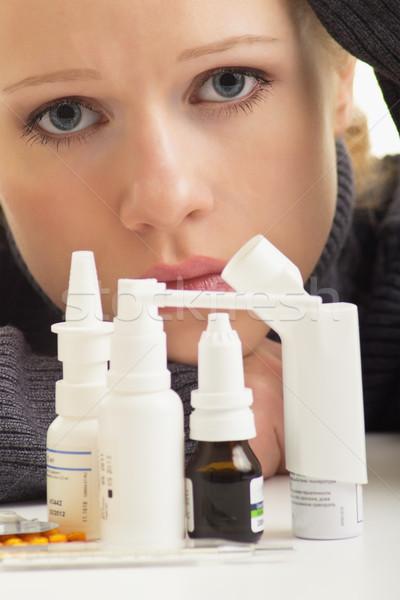 Influenza pillole primo piano donna ragazza Foto d'archivio © evgenyatamanenko