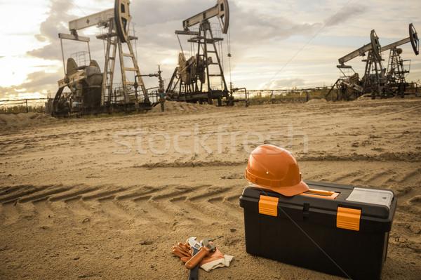 ключа шлема перчатка оборудование промышленных Сток-фото © EvgenyBashta