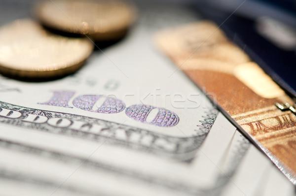 Usd hitelkártya bankjegy érmék szelektív fókusz közelkép Stock fotó © EvgenyBashta