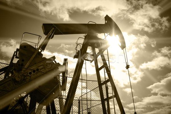 буровая насос небе солнце нефть промышленности Сток-фото © EvgenyBashta