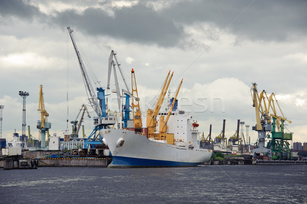 судно порт деятельность промышленности промышленных транспорт Сток-фото © EvgenyBashta